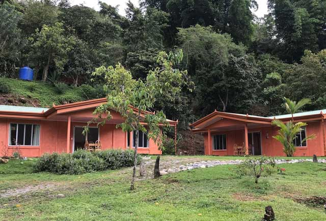 Casa-outside